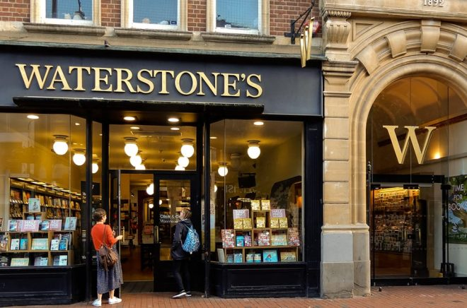 En av många Waterstone-bokhandlar, denna på Broad Street i Reading. Foto: Roger Utting Photography/iStock.